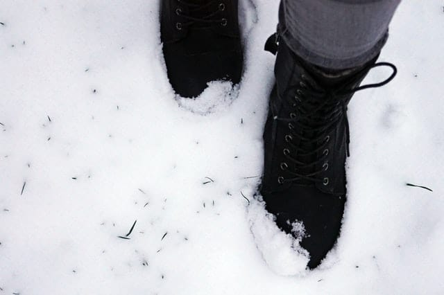 Pack Footwear for cold weather-Packing list for cold weather vacations